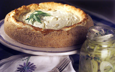 Tarragon-scented goat cheese cheesecake