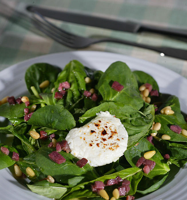 Warm spinach-basil salad