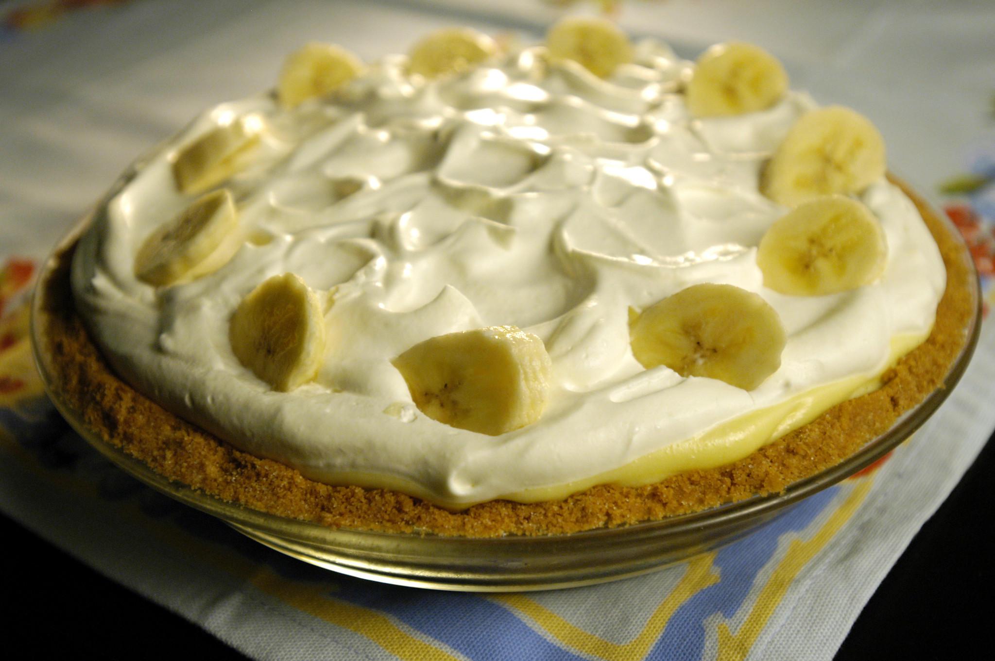 Recipe: Clementines banana cream pie - California Cookbook