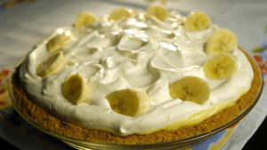 Clementine's banana cream pie