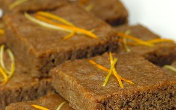 Tezpisti (Turkish walnut sponge cake)