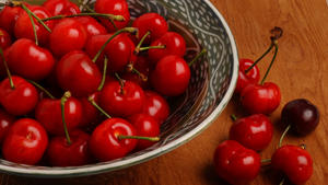 Quick cherry preserves