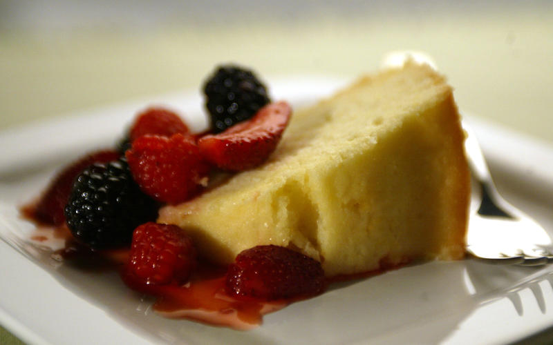 Double-lemon cake