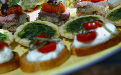 Miniature caprese salads on toasted baguette