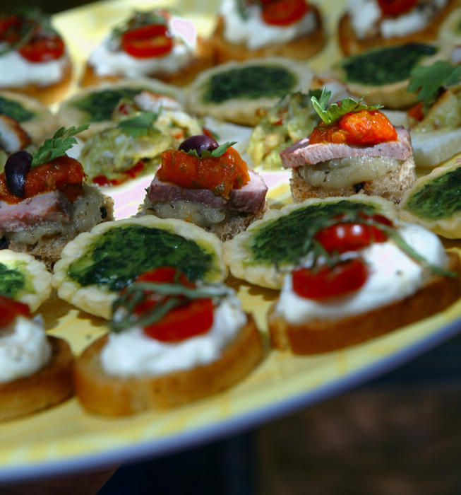 Recipe miniature caprese salads on toasted baguette for Canape cookbook