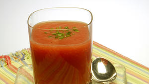 Chilled tomato-beer soup