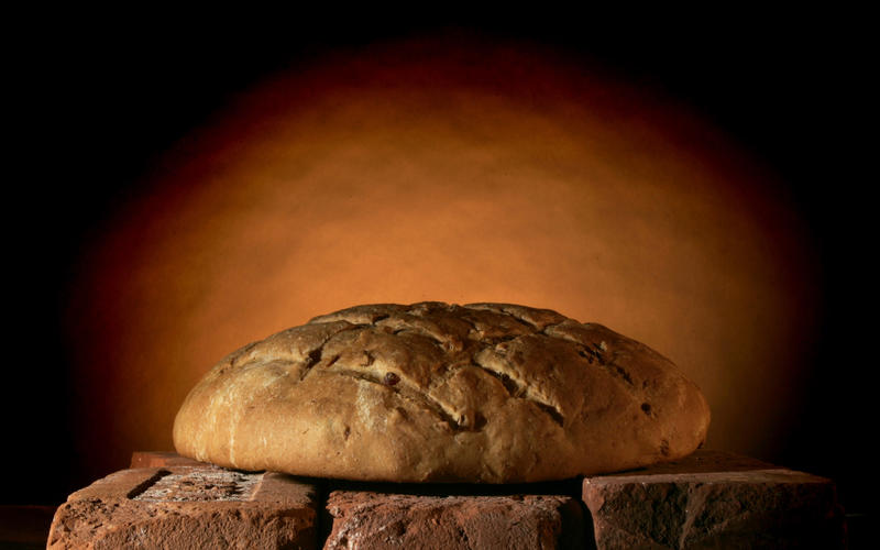 Savory hearth bread