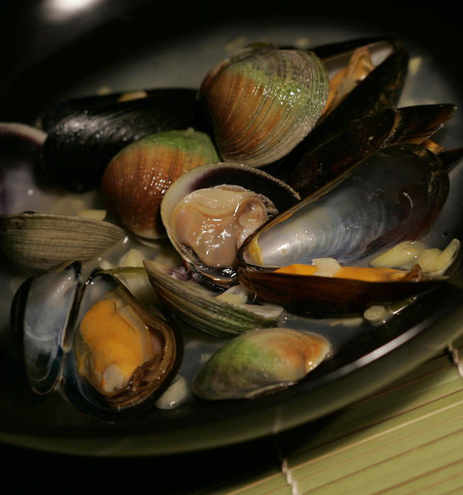 Shellfish with lemon grass