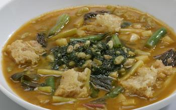 Lucque's soup au pistou with Parmesan croutons