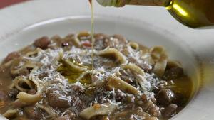 Minestra di fagioli e maltagliate (bean soup with pasta)
