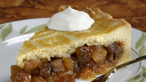 Caramelized-apple gateau basque