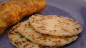 Cheese arepas