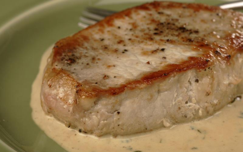 Pork chops with sage cream