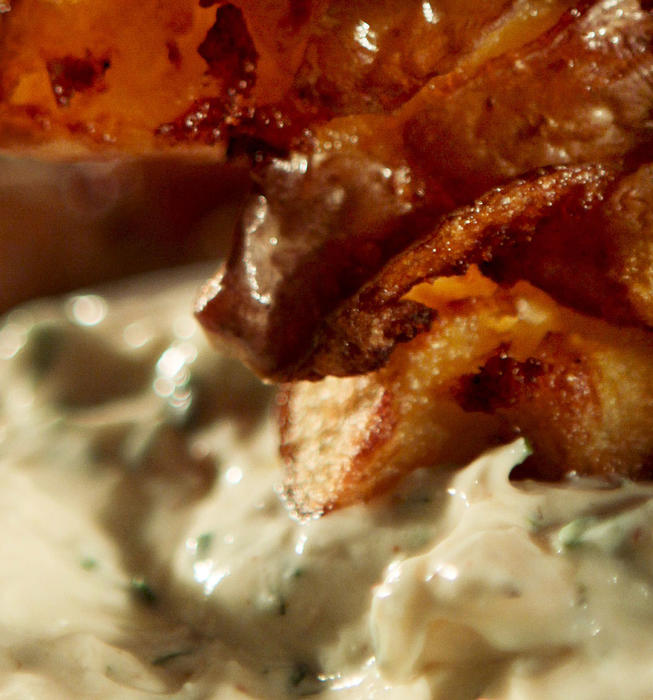 Creamy ranch dipping sauce