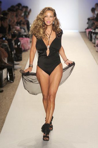 <b>Photos:</b> Mercedes-Benz Fashion Week Swim - Nicolita: Lisa Pliner