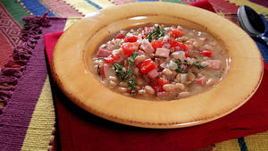 White Bean, Tomato and Ham Soup