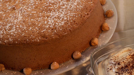 Hazelnut torte with espresso cream