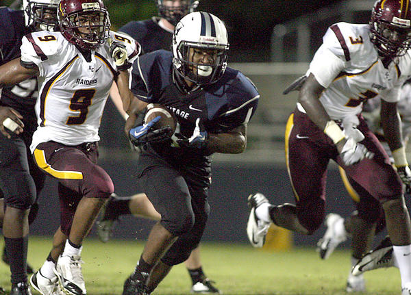 American Heritage-Delray's Shacorey Foster had a 45-yard rushing touchdown and a 99-yard kickoff return for a touchdown in the Stallions 21-16 over Glades Central.