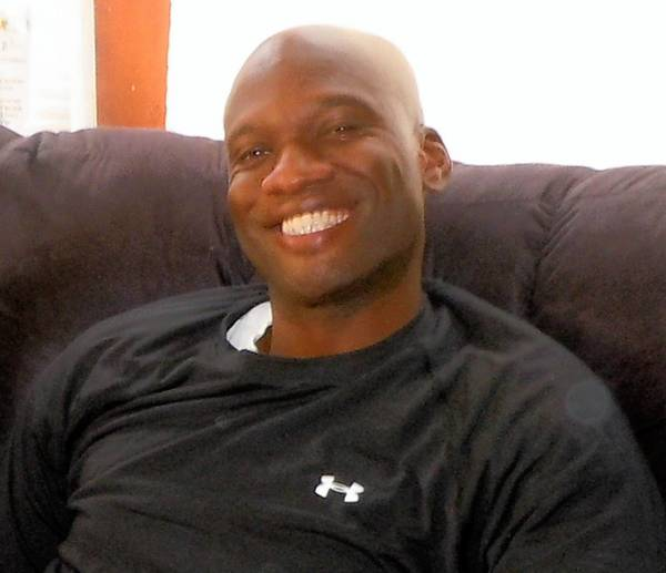 "Washington Navy Yard gunman Aaron Alexis reportedly thought people were speaking to him through ""the walls, floor and ceiling"" several weeks ago while working at a Navy base in Rhode Island."