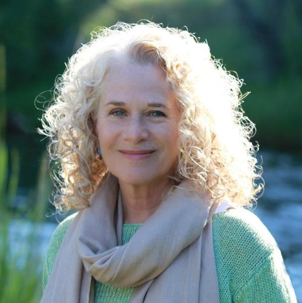 Carole King is to be named 2014 Person of the Year at the MusiCares Foundation's annual pre-Grammy gala.
