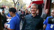 iPhone Mania: Tim Cook Surprises at Apple Store