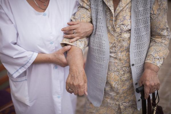 As the world's elderly population grows, long-term care for those with dementia will pose a greater challenge, according to a report by Alzheimer's Disease International.