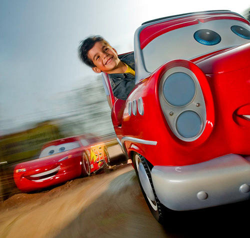 The Cars Race Rally at Walt Disney Studios installs Lightning McQueen-inspired race cars on a traditional tea-cup-style ride.