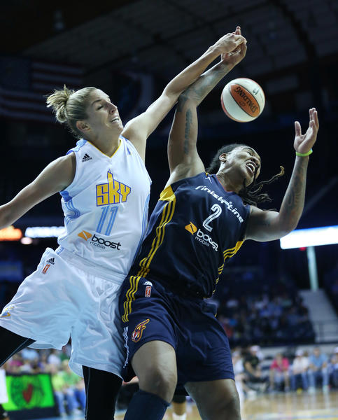 Elena Delle Donne dislodges a rebound by the Fever's Erlana Larkins in the third quarter.