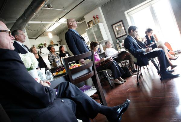 A recent survey indicates the median household income of downtown residents has risen by 10% since the last survey done two years ago, and that downtowners were also increasingly educated. At a press conference held Sept. 19, downtown boosters promote a new study showing the growing wealth of downtown residents.
