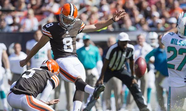 Cleveland Browns punter Spencer Lanning played an important role in the team's 31-27 win over the Minnesota Vikings on Sunday.