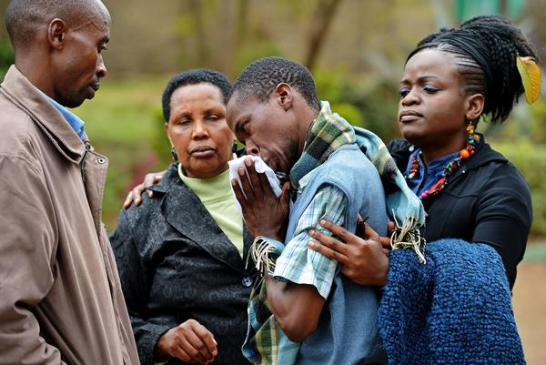 Westgate Mall attack - Being comforted