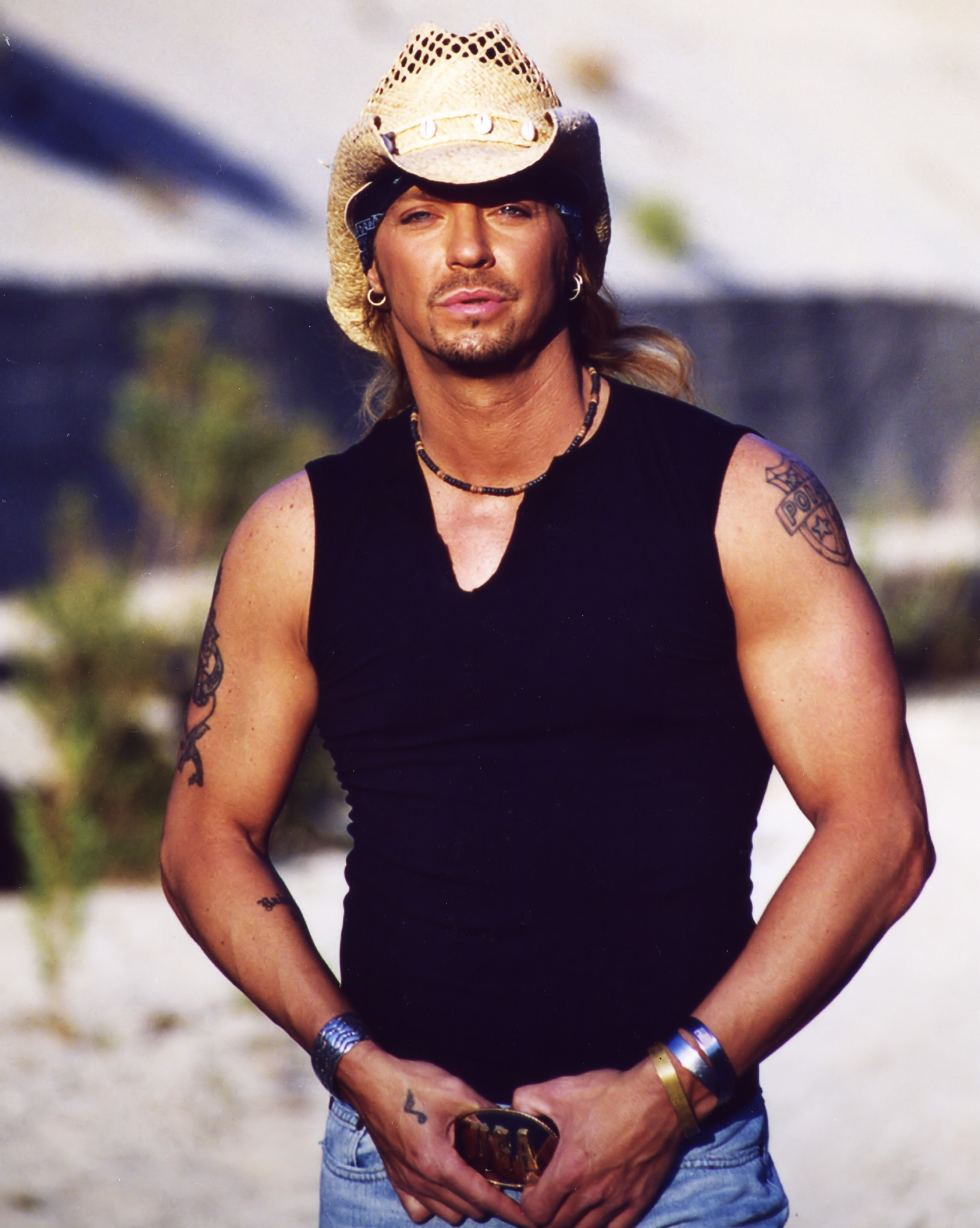bret michaels plays september 39 s velvet sessions orlando. Black Bedroom Furniture Sets. Home Design Ideas