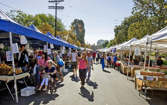 The Brentwood farmers market, which on Sundays stretches along South Gretna Green Way between San Vicente Boulevard and Montana Avenue.