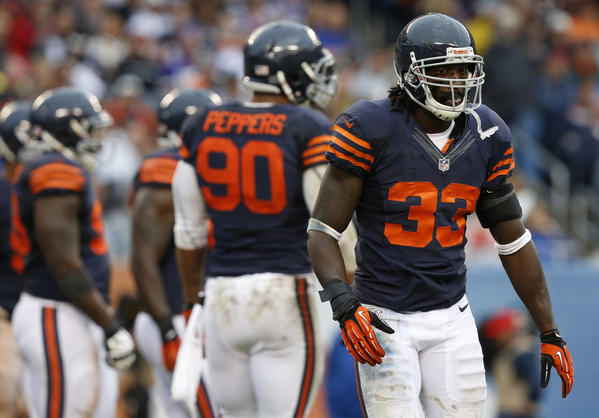 Bears cornerback Charles Tillman is playing through an injury.