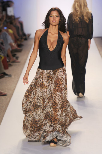 <b>Photos:</b> Mercedes-Benz Fashion Week Swim - Luxe By Lisa Vogel