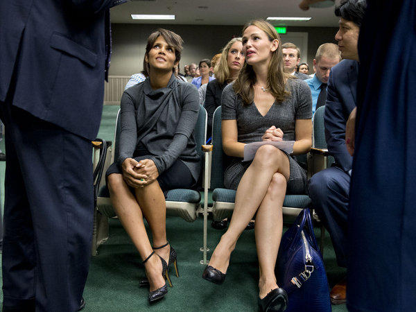 Actresses Halle Berry, left, and Jennifer Garner sit before they testify at the state Capitol Aug. 13 in favor of a bill aimed at restricting paparazzi access to children.