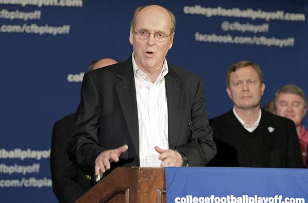 Bill Hancock heads the College Football Playoff.