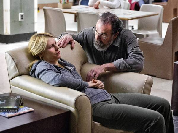 "Claire Danes as Carrie Mathison and Mandy Patinkin as Saul Berenson in ""Homeland."""