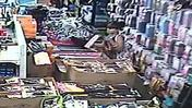 Video: Thief steals artificial hair from Beauty Zone in Sanford