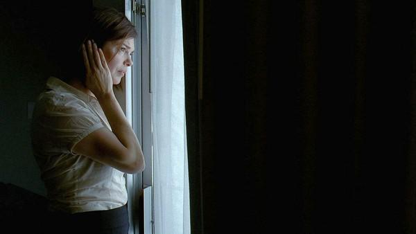 "Jeanne Tripplehorn in ""Morning."""