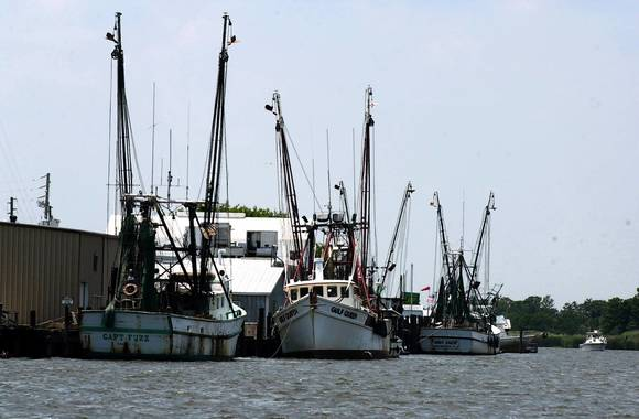 Oyster fishing in Apalachicola