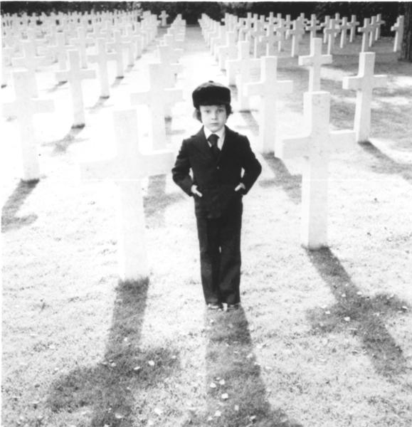 Photo of Harvey Stephens as Damien in the movie The Omen, 1976.