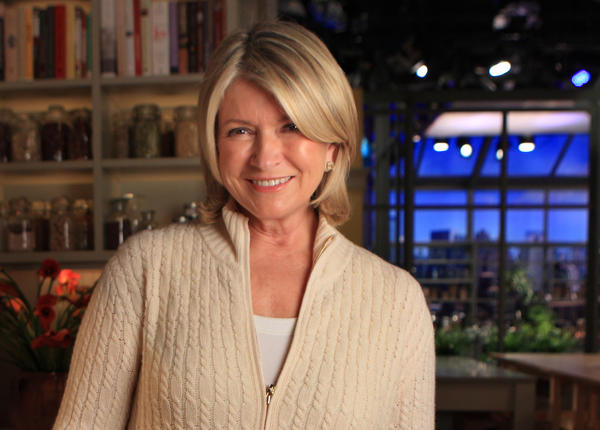 Martha Stewart took to Twitter to ask her followers what she was supposed to do with her broken iPad.