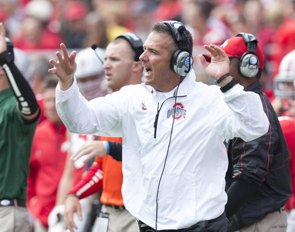 Ohio State coach Urban Meyer directs his offense.