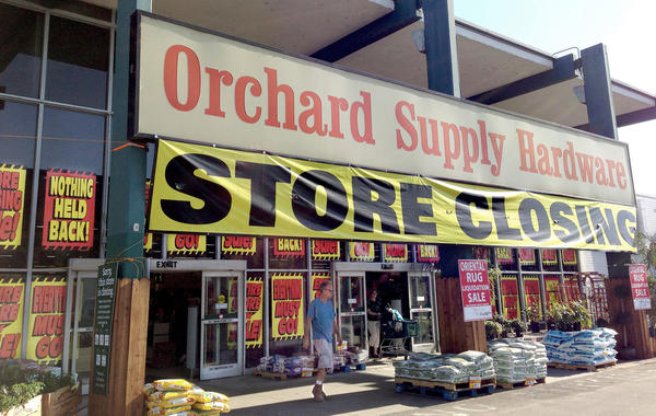 The Burbank Orchard Supply Hardware store on Victory Boulevard is selling off its remaining stock and closing its doors.