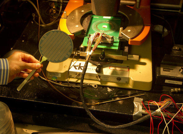 Carbon nanotube computer designed
