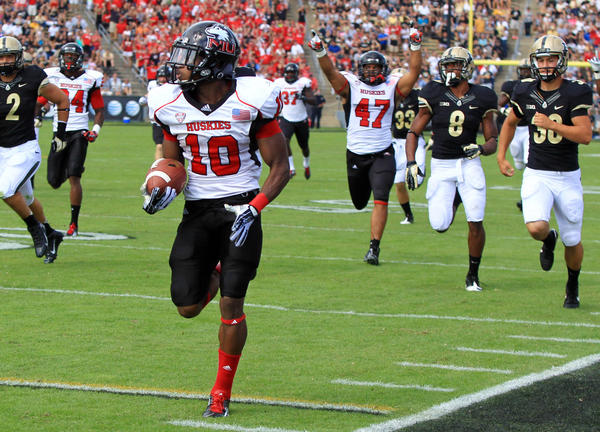 Tommylee Lewis returns a kickoff 99 yards for a touchdown against Purdue.