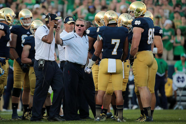 Brian Kelly gives his team an ear full during the second half.