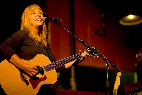 Rickie Lee Jones performs twice in the area this weekend.