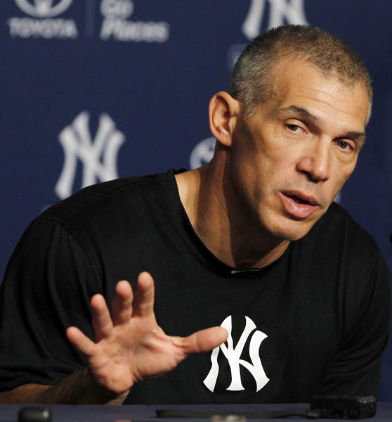 There are lots of reasons why Joe Girardi would make a great choice for the Cubs' next manager